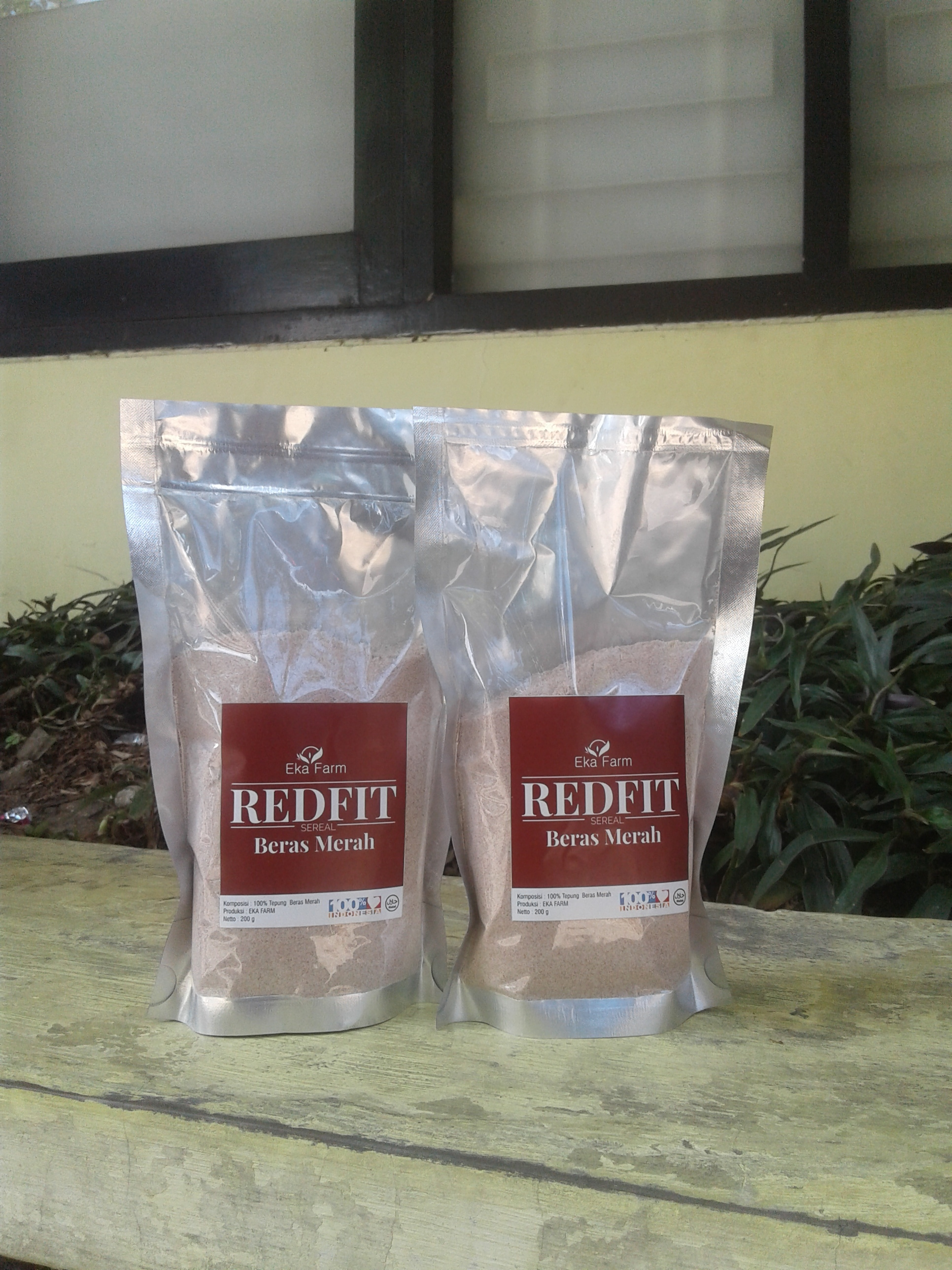 Red Fit Sereal Beras Merah 200 gr Eka Farm